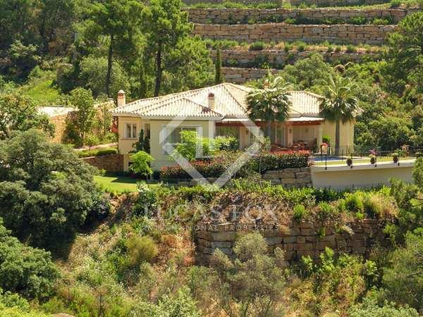 Villa familiar en venta en La Zagaleta, Benahavís