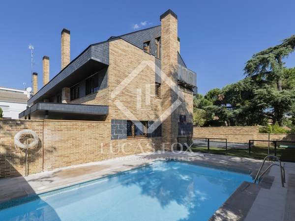 327m² House / Villa for sale in Pozuelo, Madrid