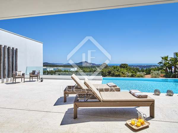 Huis / Villa van 810m² te koop in San José, Ibiza