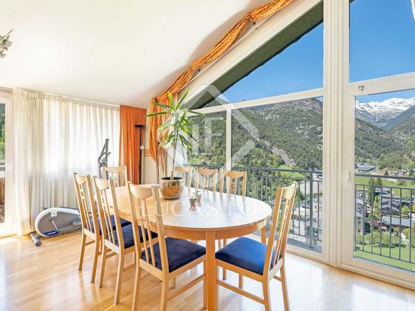 160m² Apartment with 10m² terrace for sale in La Massana