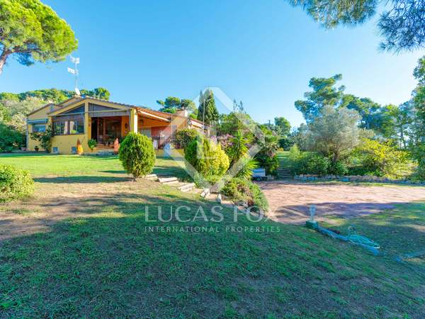 385 m² house with  garden for sale in Calella de Palafrugell