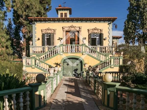 490m² Hus/Villa med 3,000m² Trädgård till salu i Godella / Rocafort