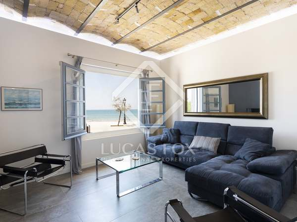 108 m² apartment with 68 m² garden for sale in Sitges Town