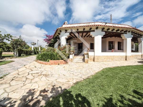 350m² Country house for sale in Vilanova i la Geltrú