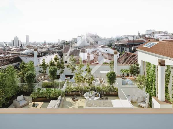 150 m² penthouse with 51m² terrace for sale in Malasaña