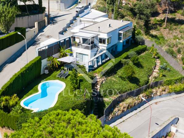 Casa / Vila de 240m² à venda em Premià de Dalt, Barcelona
