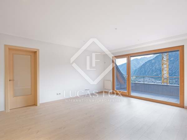 Piso de 141m² con terraza de 11m² en venta en Escaldes