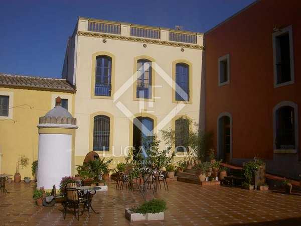 Beautiful country and vineyard estate for sale in Penedès
