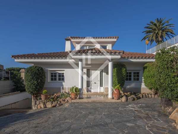 451m² House / Villa with 77m² terrace for sale in Sant Feliu
