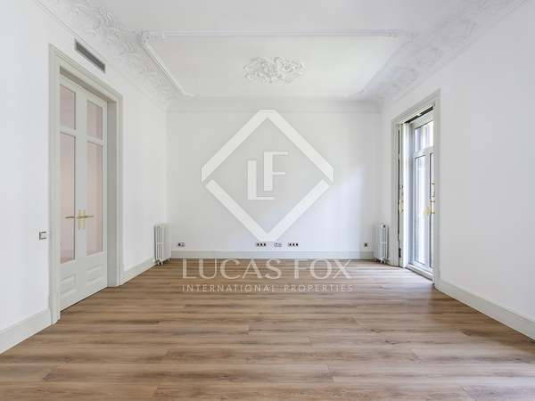 181m² Apartment for rent in Eixample Left, Barcelona