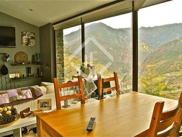 Chalet con un apartamento anexo en venta en Aixirivall