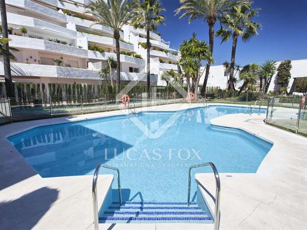 105m² Apartment with 16m² terrace for sale in Nueva Andalucía