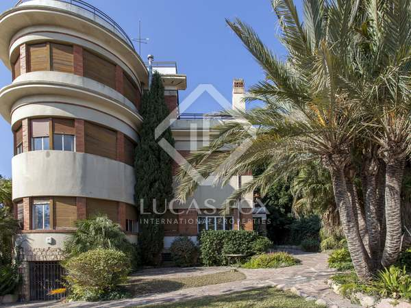 866 m² house for sale in Rocafort