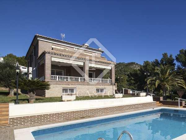 Casa / Villa di 550m² in vendita a Castellón, Spagna