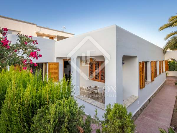 160 m² house for sale in Ibiza, Spain