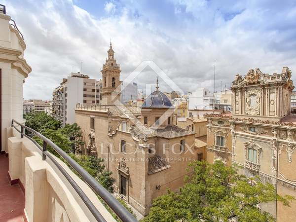 323m² Penthouse for rent in La Seu, Valencia