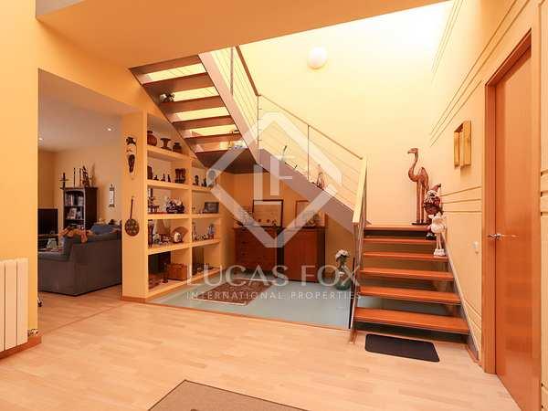 Casa de 380m² con terraza en venta en Vilanova i la Geltrú