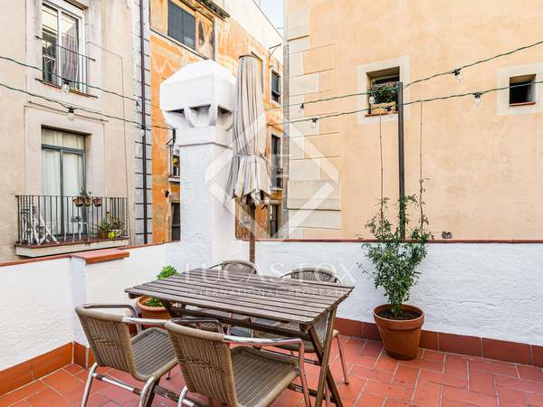 48m² Penthouse with 17m² terrace for sale in El Born