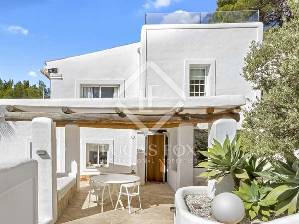 Huis / Villa van 290m² te koop in San José, Ibiza