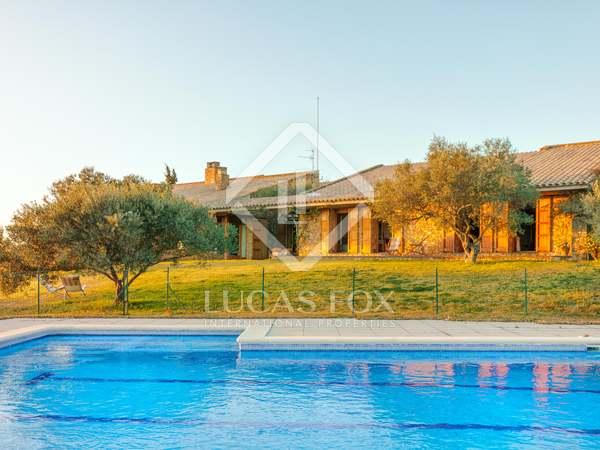Casa de 715m² en venta en Alto Ampurdán, Gerona