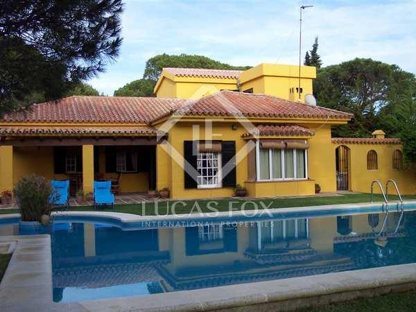 Villa for sale close to the beach in Roche, Cádiz, Andalucia