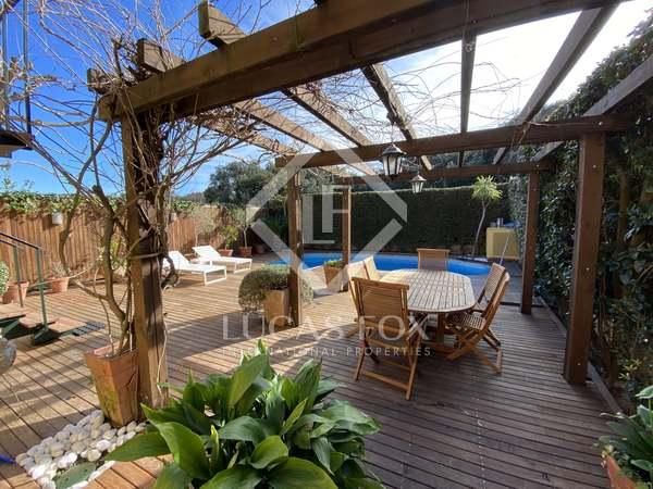 285m² House / Villa with 249m² garden for sale in Argentona