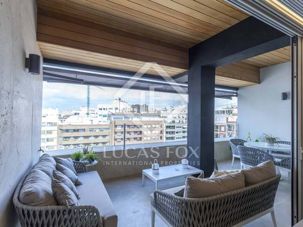 177m² Apartment with 15m² terrace for rent in El Pla del Real