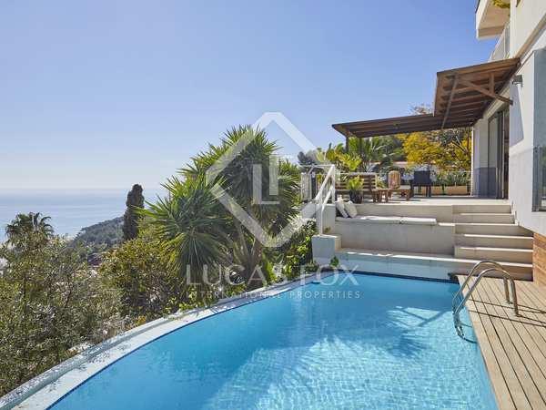 291m² House / Villa for rent in Bellamar, Barcelona