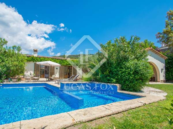 318m² House / Villa with 1,800m² garden for sale in Platja d'Aro
