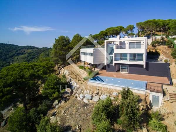 Villa de 500m² en alquiler en Alella, Maresme