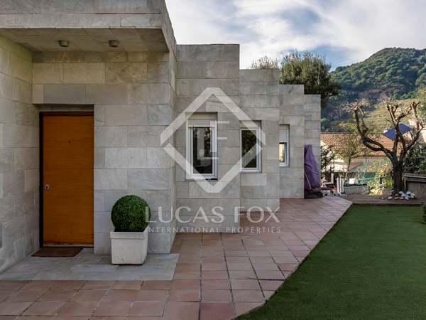 225m² House / Villa for sale in Alella, Maresme