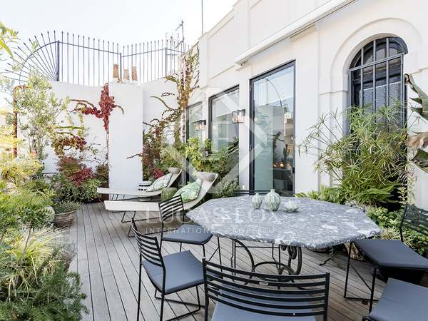 175m² Penthouse with 15m² terrace for sale in Justicia