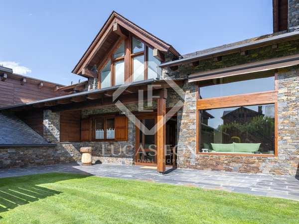 160m² House / Villa for sale in La Cerdanya, Spain