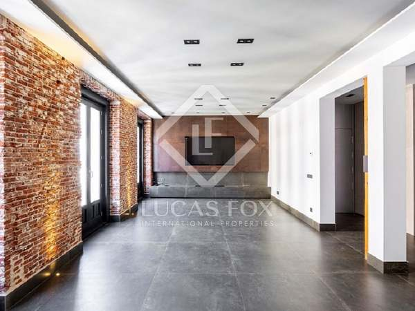 255m² Apartment for sale in Justicia, Madrid