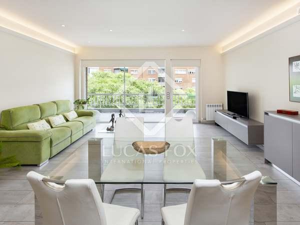 Квартира 140m², 30m² террасa на продажу в Лес Кортс