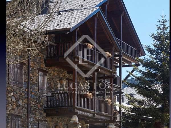 200m² Takvåning till salu i Grandvalira Skidort, Andorra
