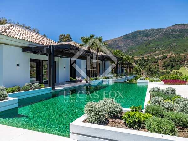 1,461m² House / Villa with 239m² terrace for sale in La Zagaleta