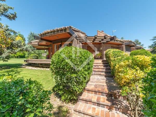 Huis / Villa van 707m² te koop in Pozuelo, Madrid