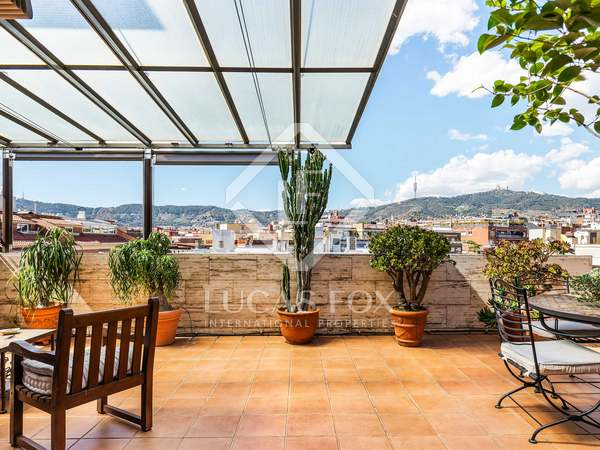 174 m² penthouse with 50 m² terrace for sale in Turó Park