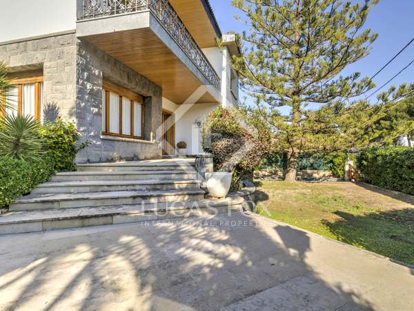 384m² House / Villa for sale in Torredembarra, Tarragona
