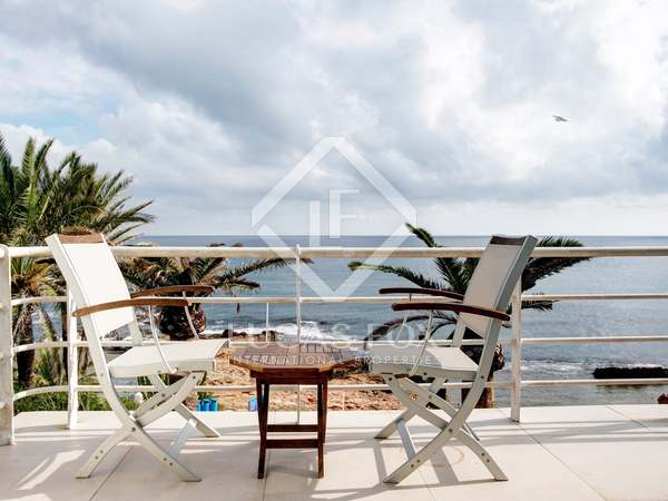 156 m² house with 100 m² terrace for rent in Denia