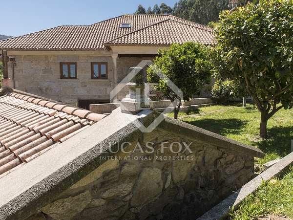 Casa / Villa de 400m² en venta en Pontevedra, Galicia