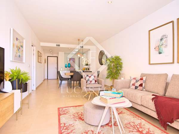 150m² Penthouse with 49m² garden for sale in Playa San Juan