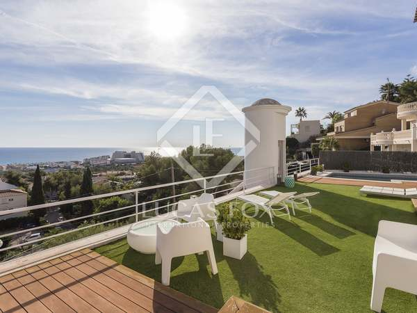 245m² House / Villa for sale in Levantina, Barcelona