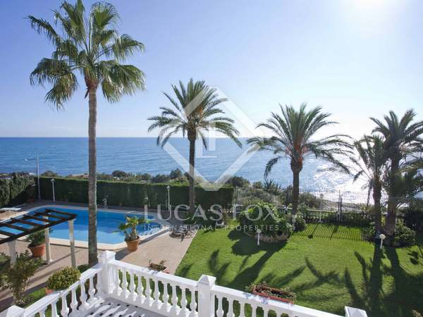 1,013m² House / Villa for sale in Playa San Juan, Alicante