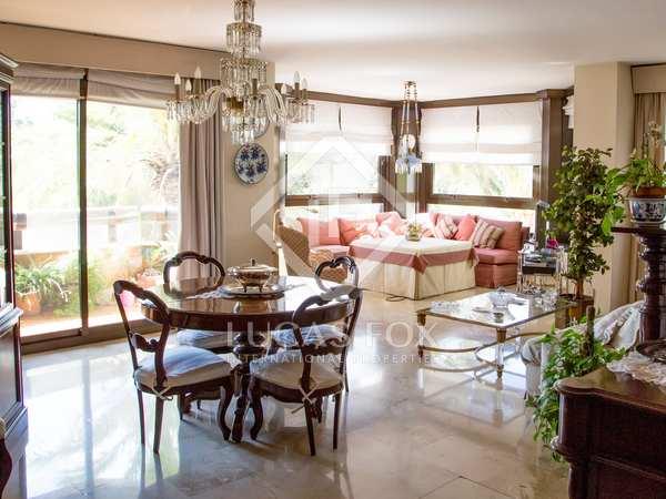 226m² Apartment for sale in El Pla del Real, Valencia