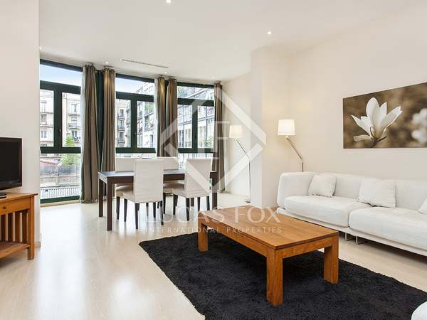 First floor apartment for rent on Calle Girona, Barcelona