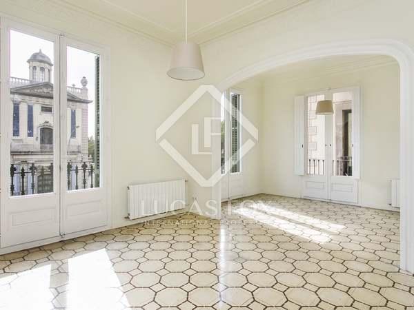 Appartamento di 130m² in affitto a El Born, Barcellona