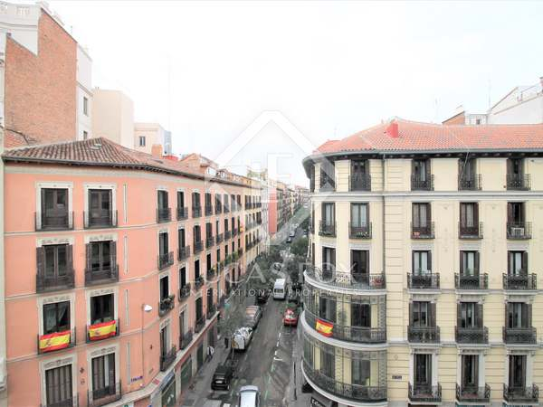 300m² apartment for sale in Justicia, Madrid