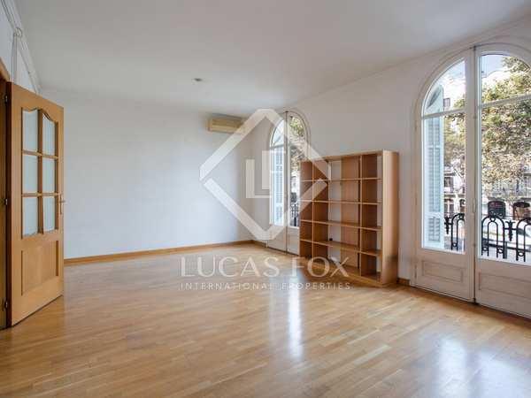 Apartamento de 125m² en venta en Sant Antoni, Barcelona